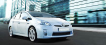 Toyota Axes Prius Prices to Meet Insight Standards