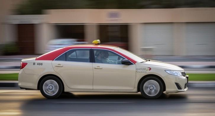 Toyota Camry Hybrids For Dubai Taxi Autoevolution