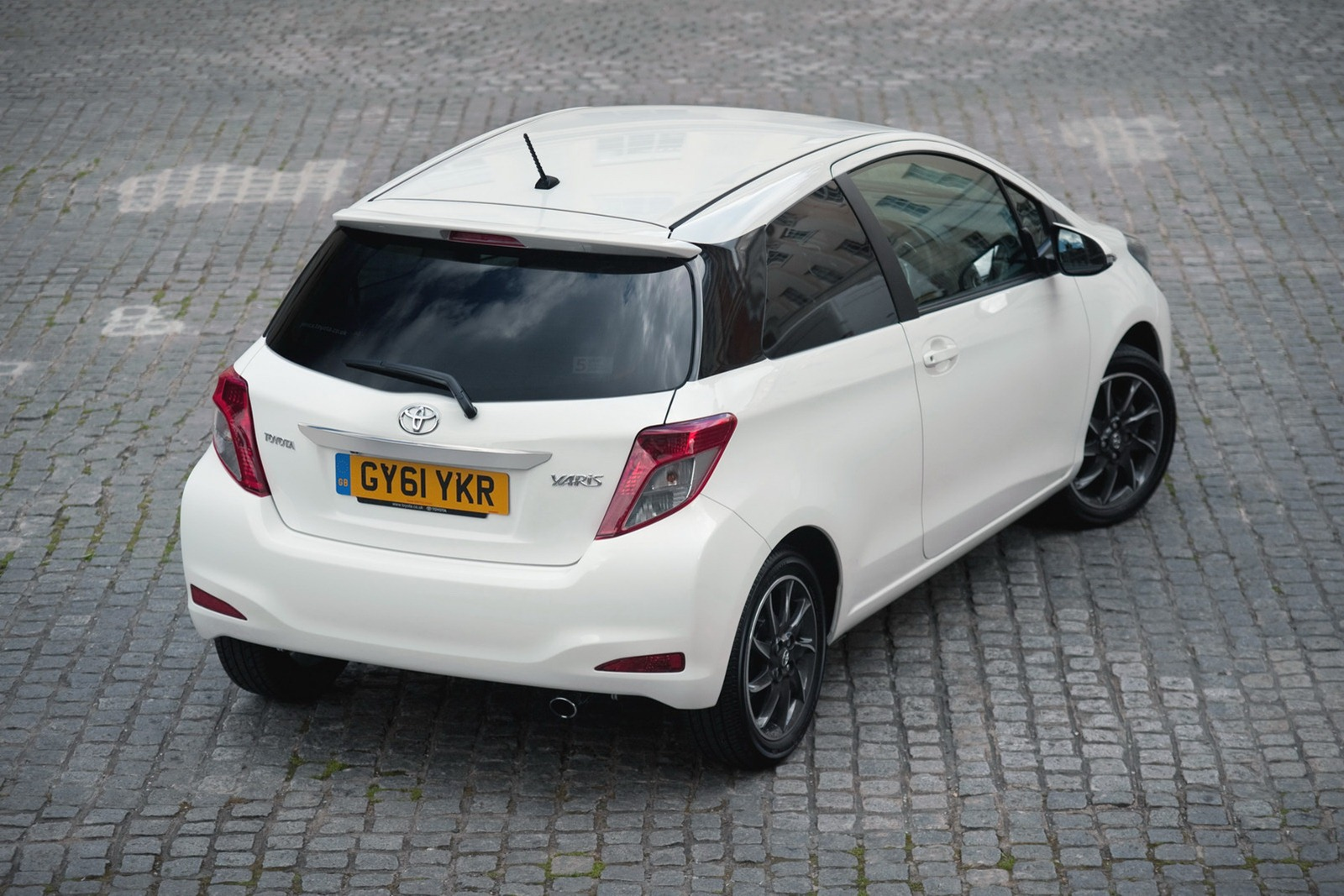 Toyota Expands Yaris UK Range  autoevolution