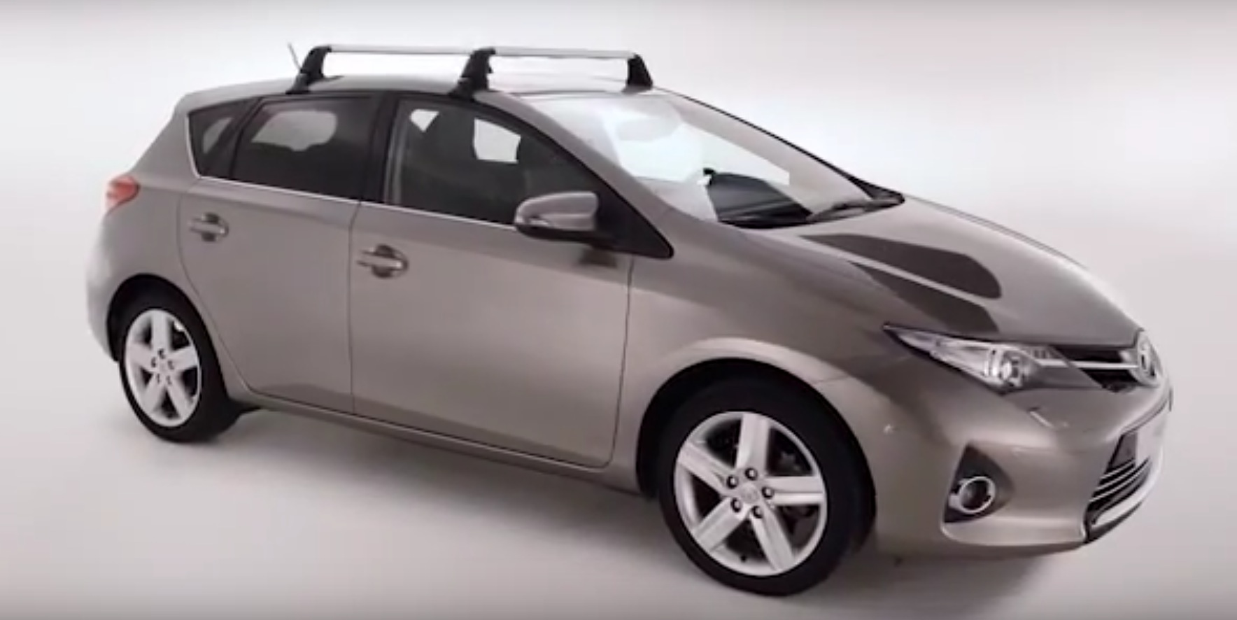 Toyota Explains How To Install A Roof Rack Or Cross Bars