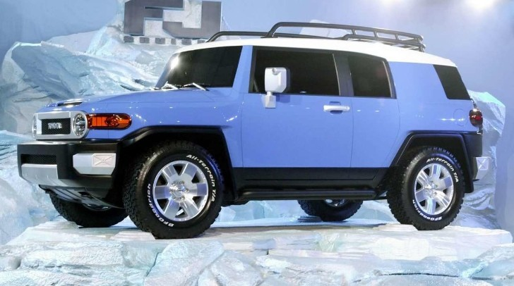 Toyota FJ Cruiser Recalled Due to Headlight Issue