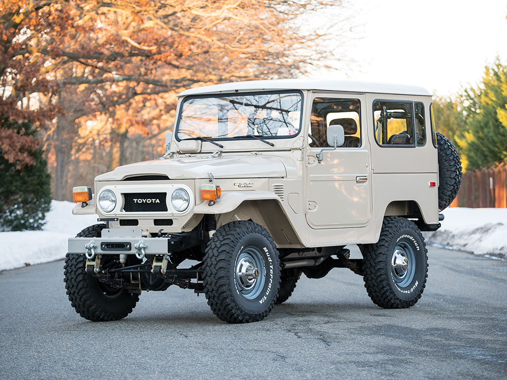 toyota fj40 land cruiser offered at auction without reserve autoevolution. Black Bedroom Furniture Sets. Home Design Ideas