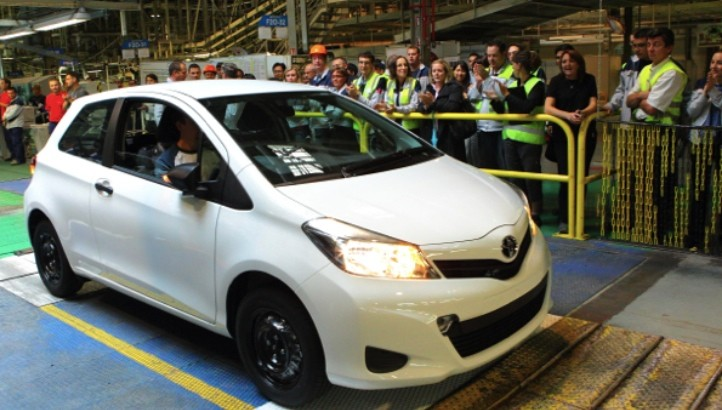 toyota france to start exporting the yaris to north america in 2013 autoevolution. Black Bedroom Furniture Sets. Home Design Ideas