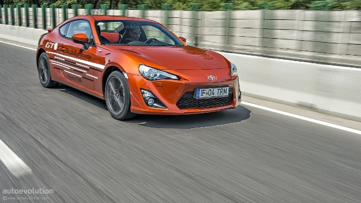 "Toyota GT 86 / Scion FR-S May Get ""Official"" TRD Supercharger"