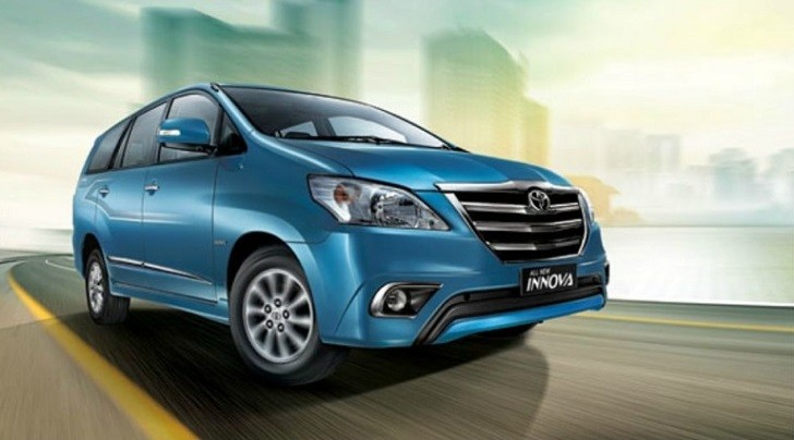 Toyota Innova Facelift Lauches in India [Photo Gallery]