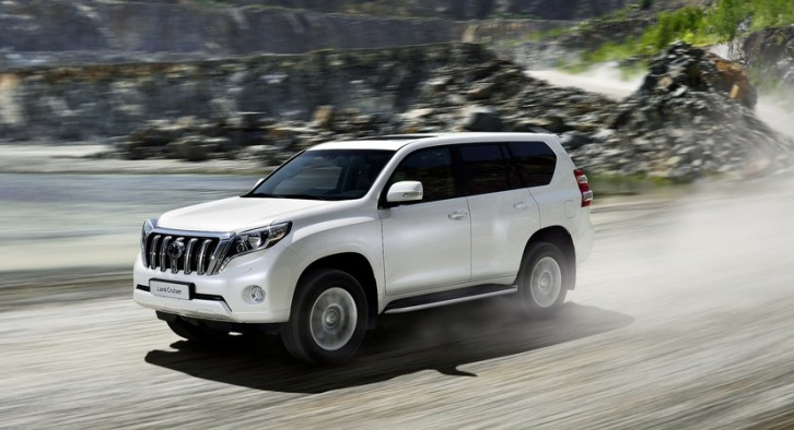 Toyota Is Not Hurrying To Make a Hybrid Land Cruiser