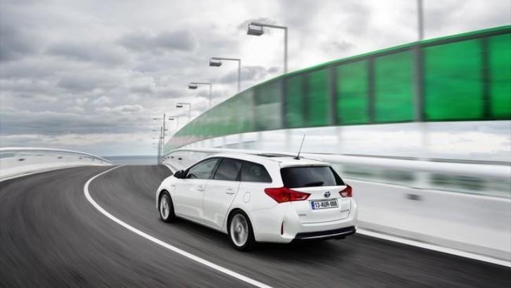 Toyota Motors Europe Sales Resist Market Decline