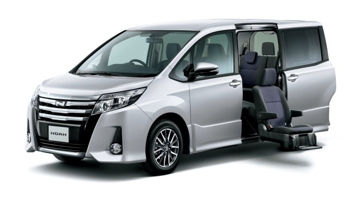 Toyota Noah Specs and Price [Video][Photo Gallery]
