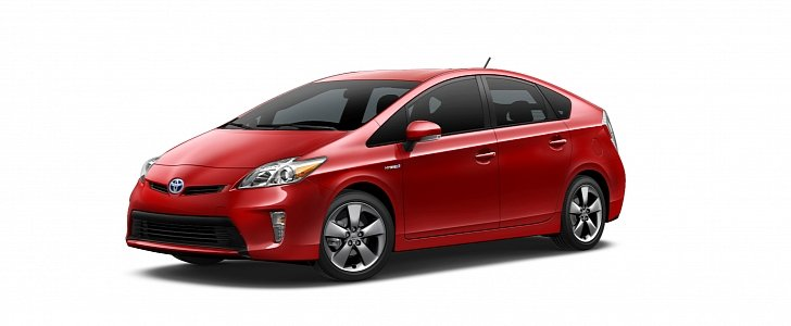Toyota Offers 2 000 Gas Card For Leased Prius Phevs In California Autoevolution