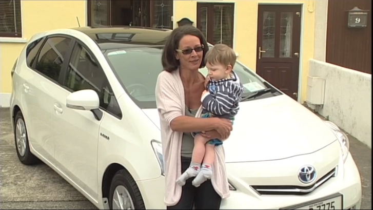 Toyota Prius+ Praised by European Mom [Video]