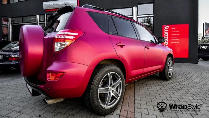 Toyota RAV4 Gets Cherry Red Wrap and Nice Rims