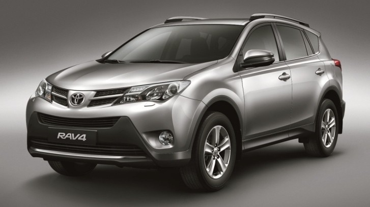 toyota rav4 in 2014 best suvs under 25 000 top. Black Bedroom Furniture Sets. Home Design Ideas