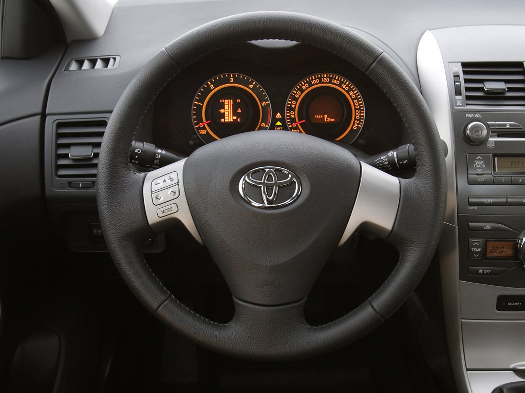 toyota recall 247 000 vehicles affected by faulty takata airbag inflators autoevolution. Black Bedroom Furniture Sets. Home Design Ideas