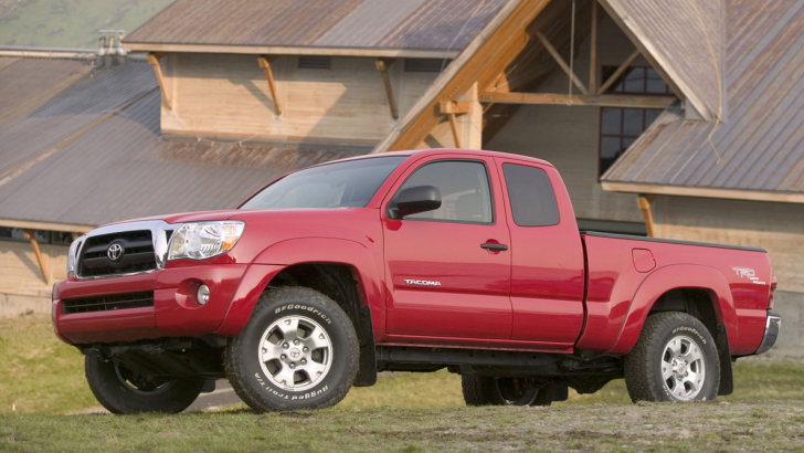 toyota recalls over 300 000 tacomas for faulty seatbelt pre tensioners. Black Bedroom Furniture Sets. Home Design Ideas