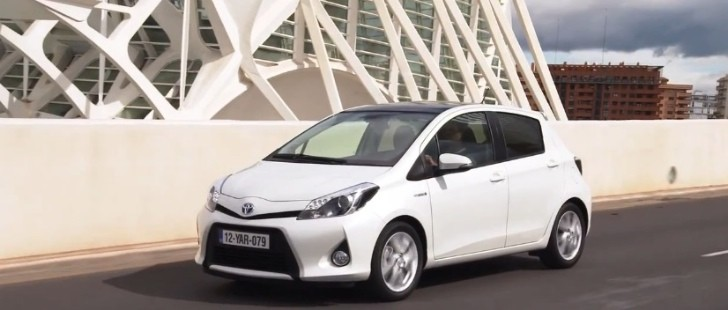 toyota showcase stylish new yaris hybrid in promo videos autoevolution. Black Bedroom Furniture Sets. Home Design Ideas
