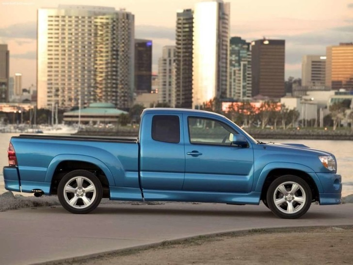 Toyota Tacoma X-Runner Discontinued