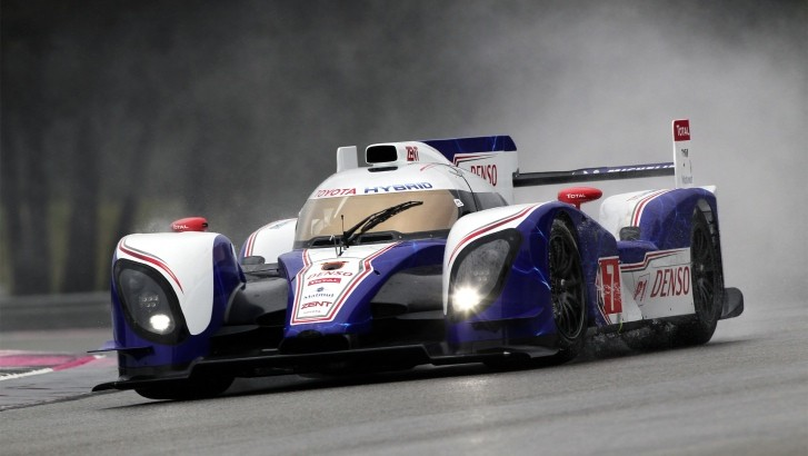 Toyota To Participate With Two Racecars at Bahrain WEC Finale