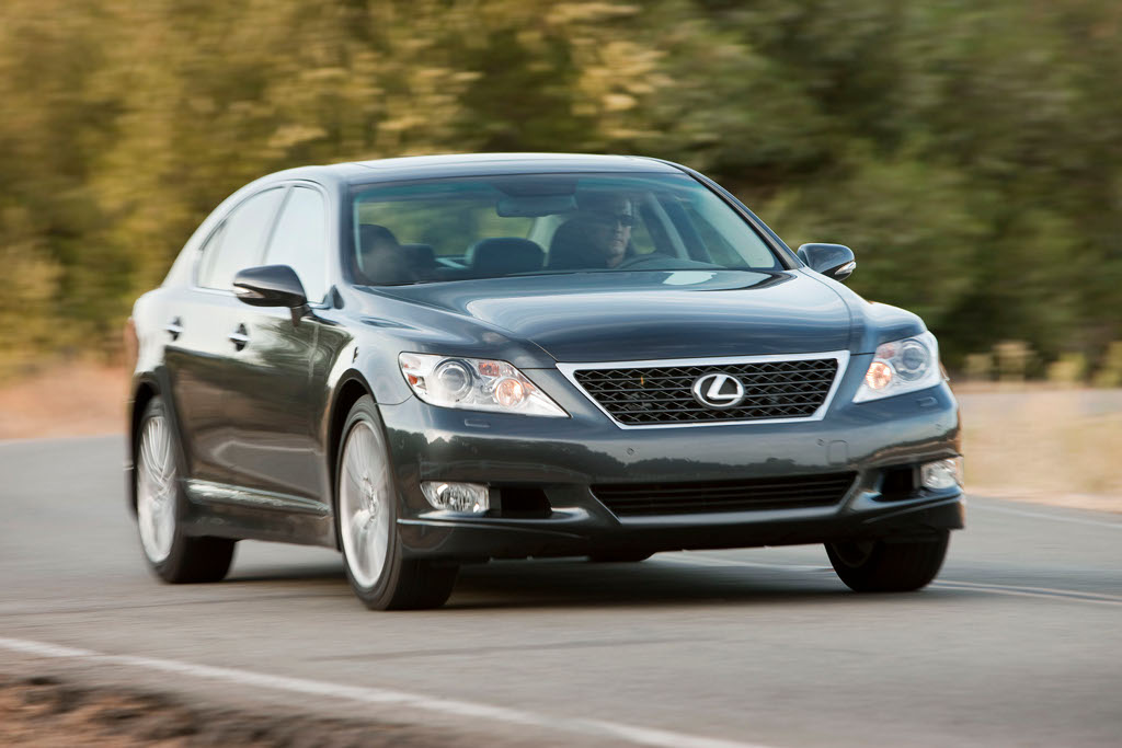 toyota to recall 11 500 lexus ls sedans autoevolution. Black Bedroom Furniture Sets. Home Design Ideas
