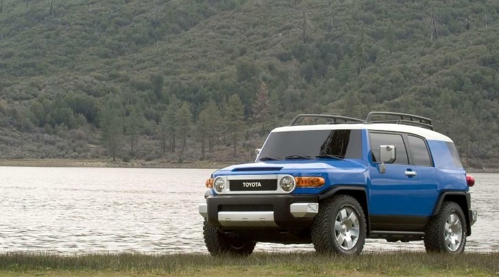 Toyota Total Recall: 310,000 FJ Cruisers Bring 2013 Toll to 1.6M Cars