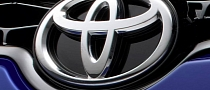 Toyota US Previews 2013 November Sales