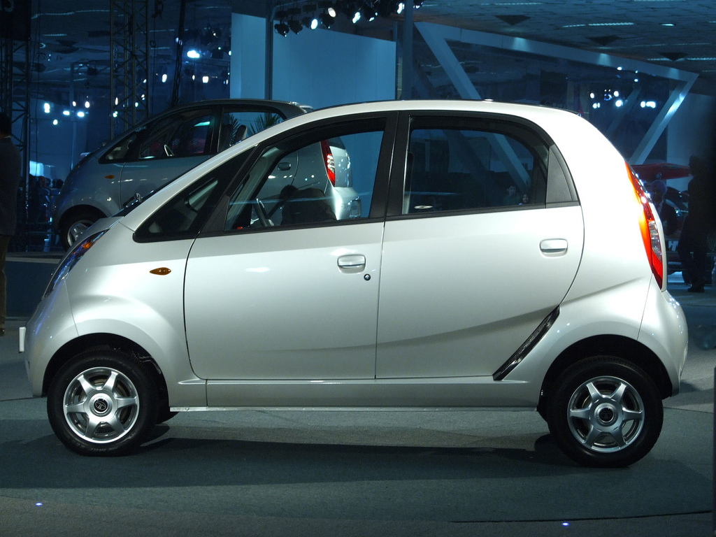 Renault Nissan Bajaj Sign Deal For Low Cost Car Autoevolution