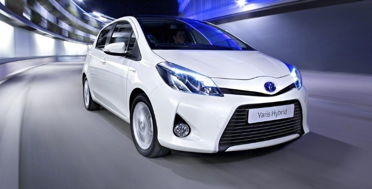 Toyota Yaris Hybrid: Amazing Economy and Low Emissions