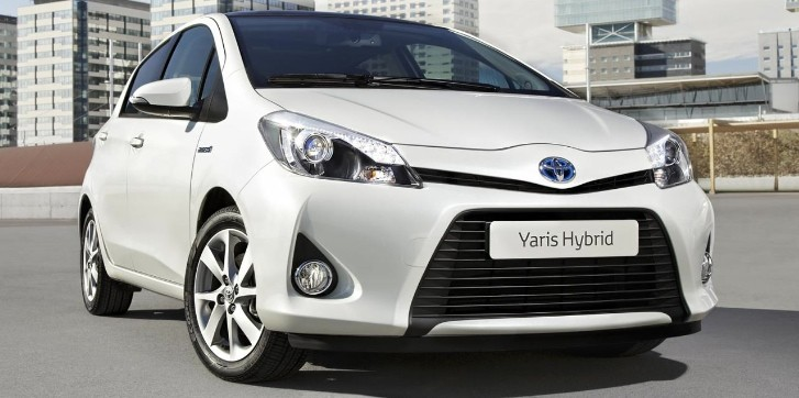 Toyota Yaris Hybrid Presented