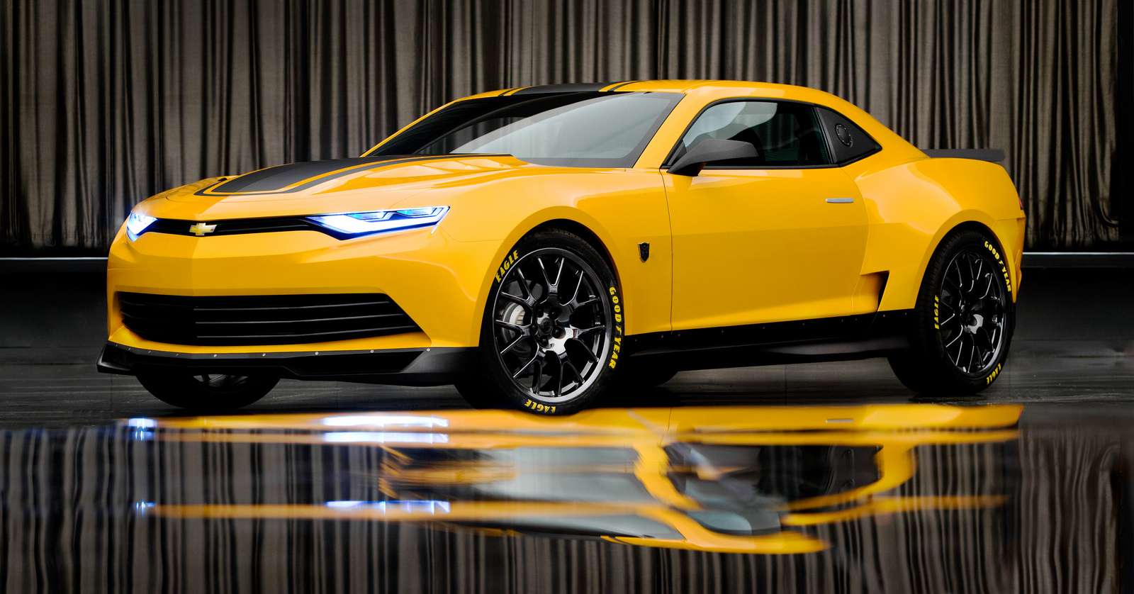 Transformers 4 Bumblebee Is The 2014 Concept Camaro