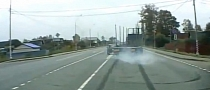 Truck Driver Shows Excellent Reflexes - Avoids Imminent Crash [Video]