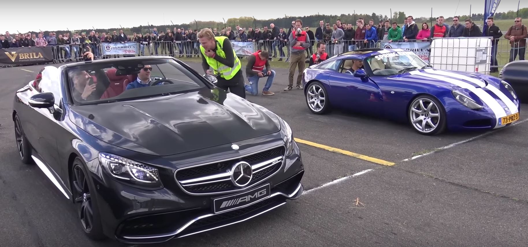 TVR T350T Nearly Crashes in Mercedes-AMG S63 Cabriolet Drag Race ...