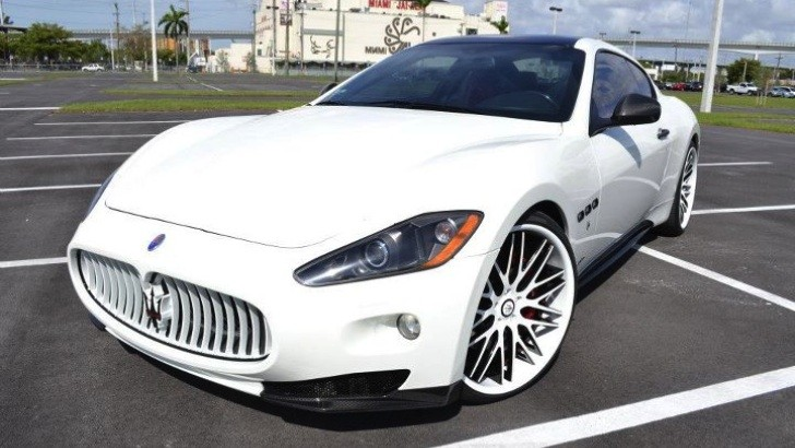 Twins' Francisco Liriano Picks Up White Maserati [Photo Gallery]