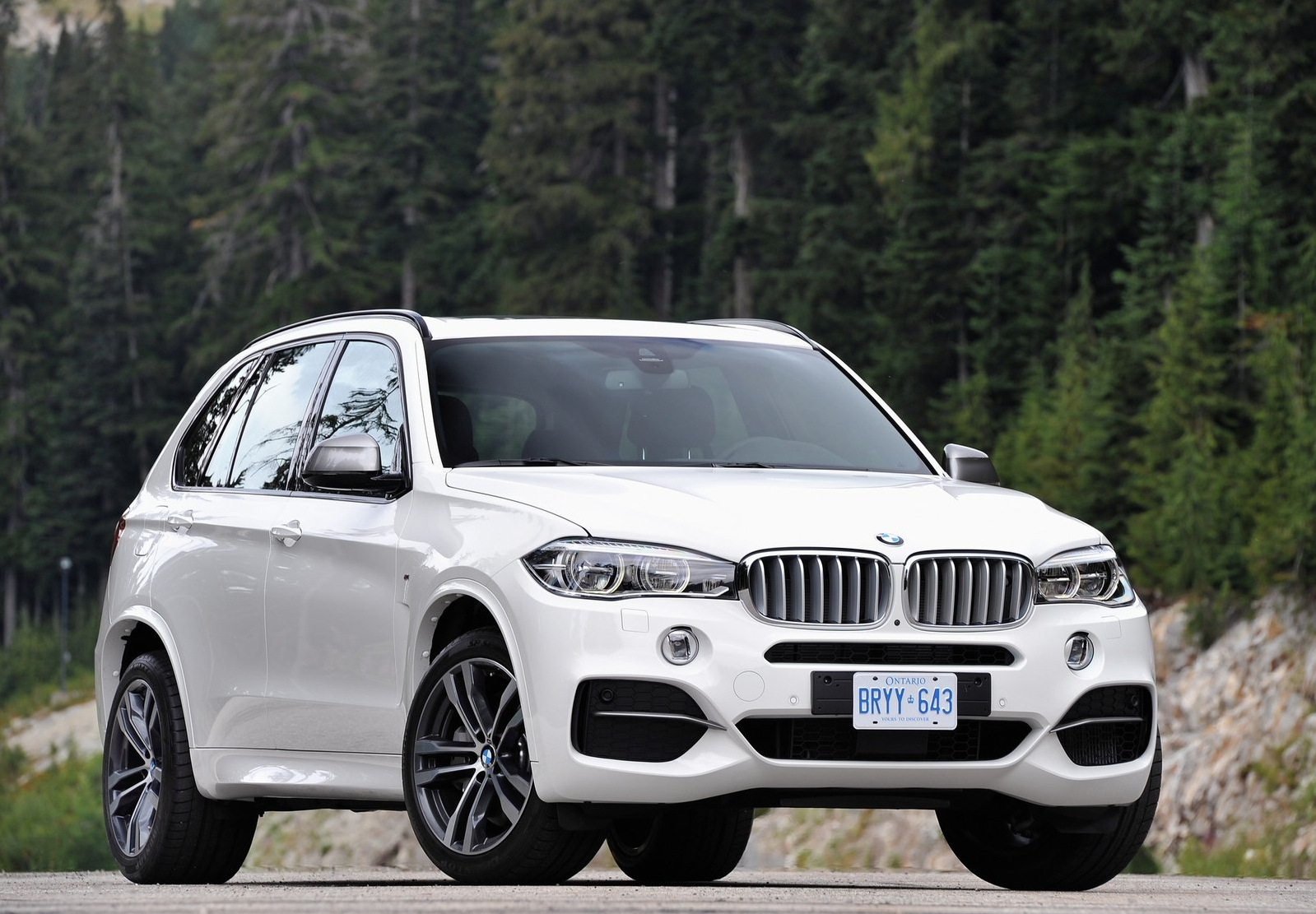 Bmw Models List >> Two Bmw Models Make It To 2014 North American Car Of The Year Short