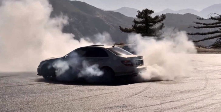 Two C63 AMGs Making Schnitzels From Their Rear Tires [Videos]