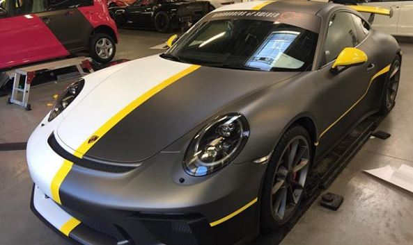 Matte Grey Car >> Two Faced 2018 Porsche 911 Gt3 Gets Matte Grey Matte White
