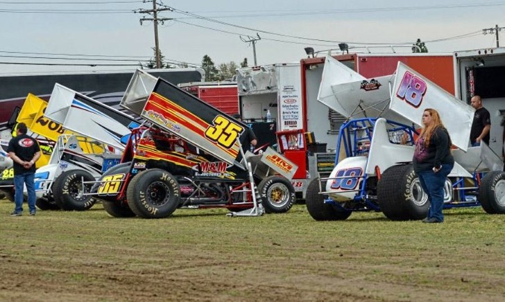 Two People Killed in Sprint Car Crash in California