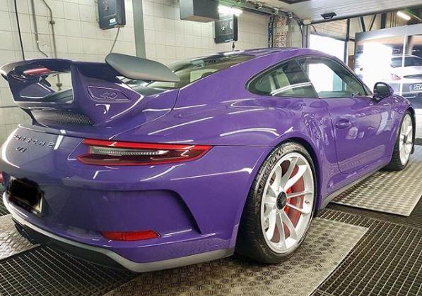 Ultraviolet 2018 Porsche 911 GT3 Looks Striking in Belgium