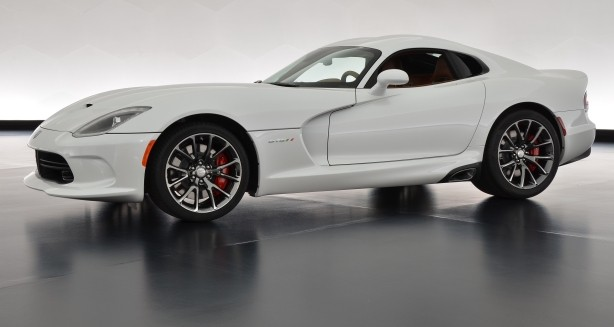 Unique Sons of Italy Foundation 2013 SRT Viper GTS Unveiled [Video]