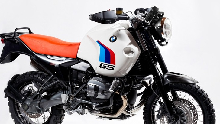 Unit Garage Offers Instant Vintage Kits for New BMW Bikes [Video]