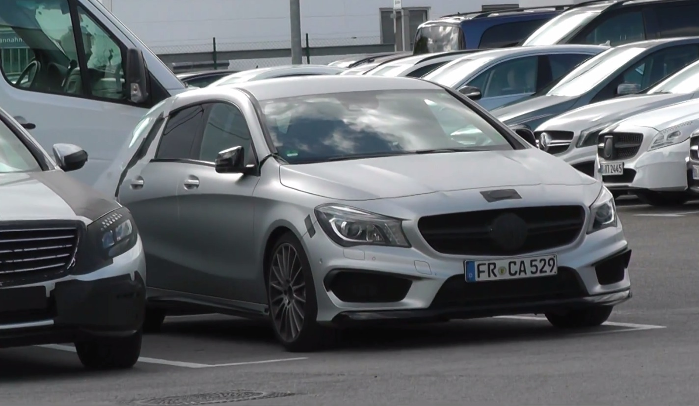 upcoming cla 45 amg shooting brake x117 spied in germany. Black Bedroom Furniture Sets. Home Design Ideas