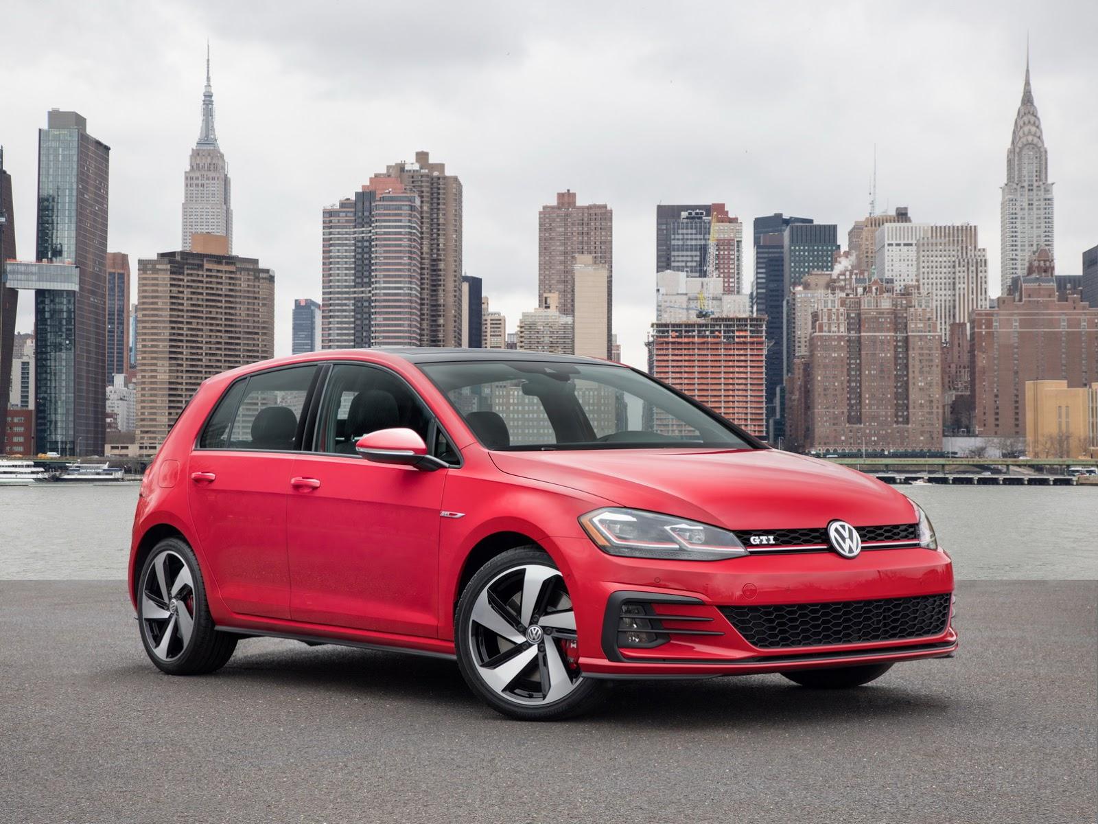 Updated VW Golf Debuts With LED Lights Digital Cockpit In - Volkswagen new york