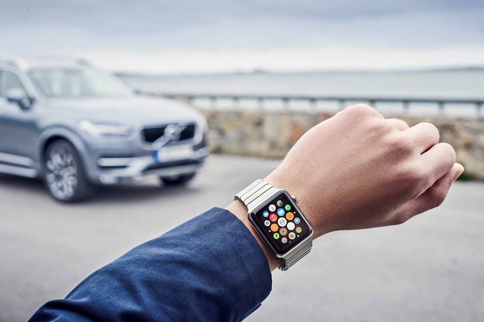 Updated Volvo On Call App Lets Your Smartwatch Control Your