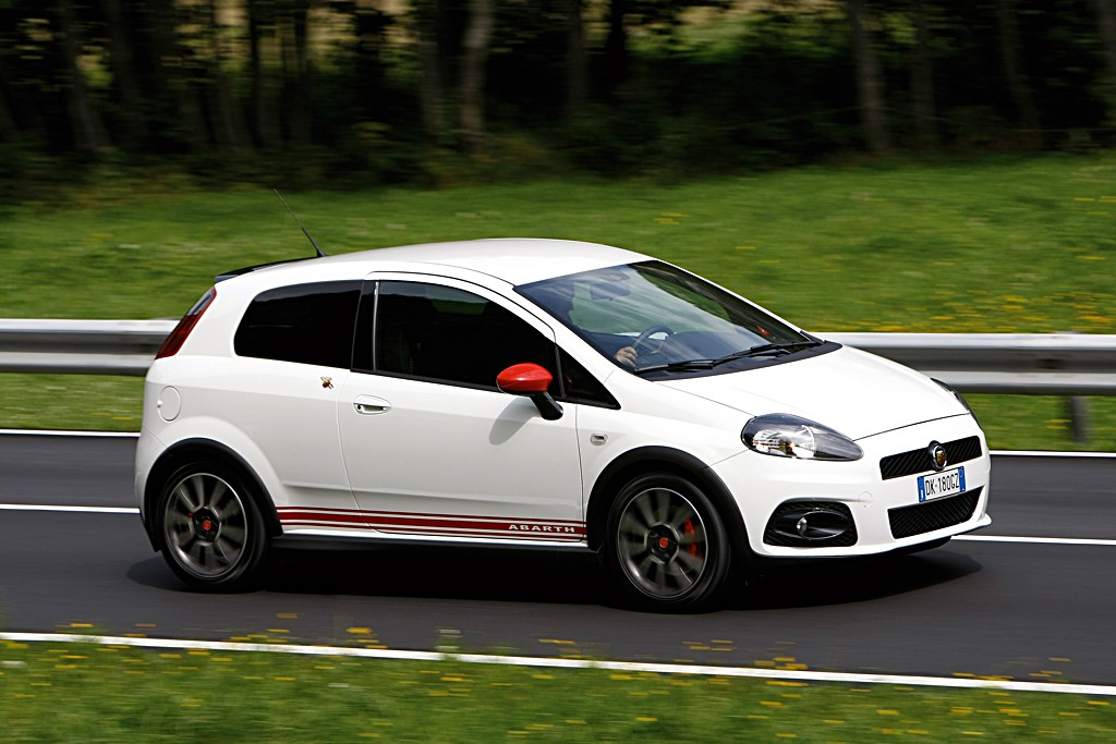 upgraded fiat grande punto abarth ss to release 200 hp autoevolution. Black Bedroom Furniture Sets. Home Design Ideas