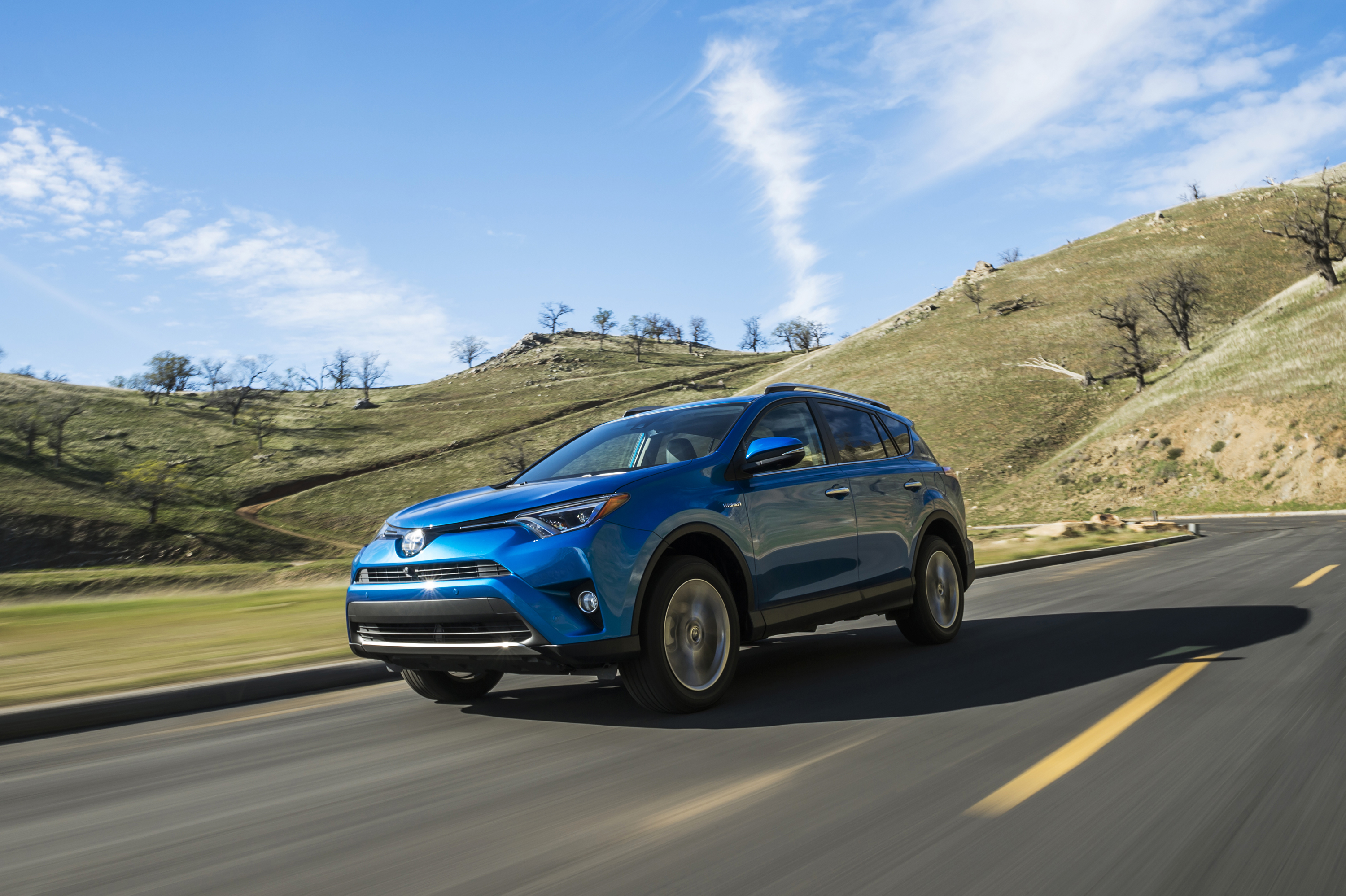 US Electric and Hybrid Buyers Likely to Pay Cash for New Cars ...