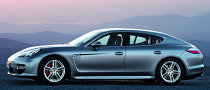 US Panamera Buyers Get Free Porsche Luggage as Apology