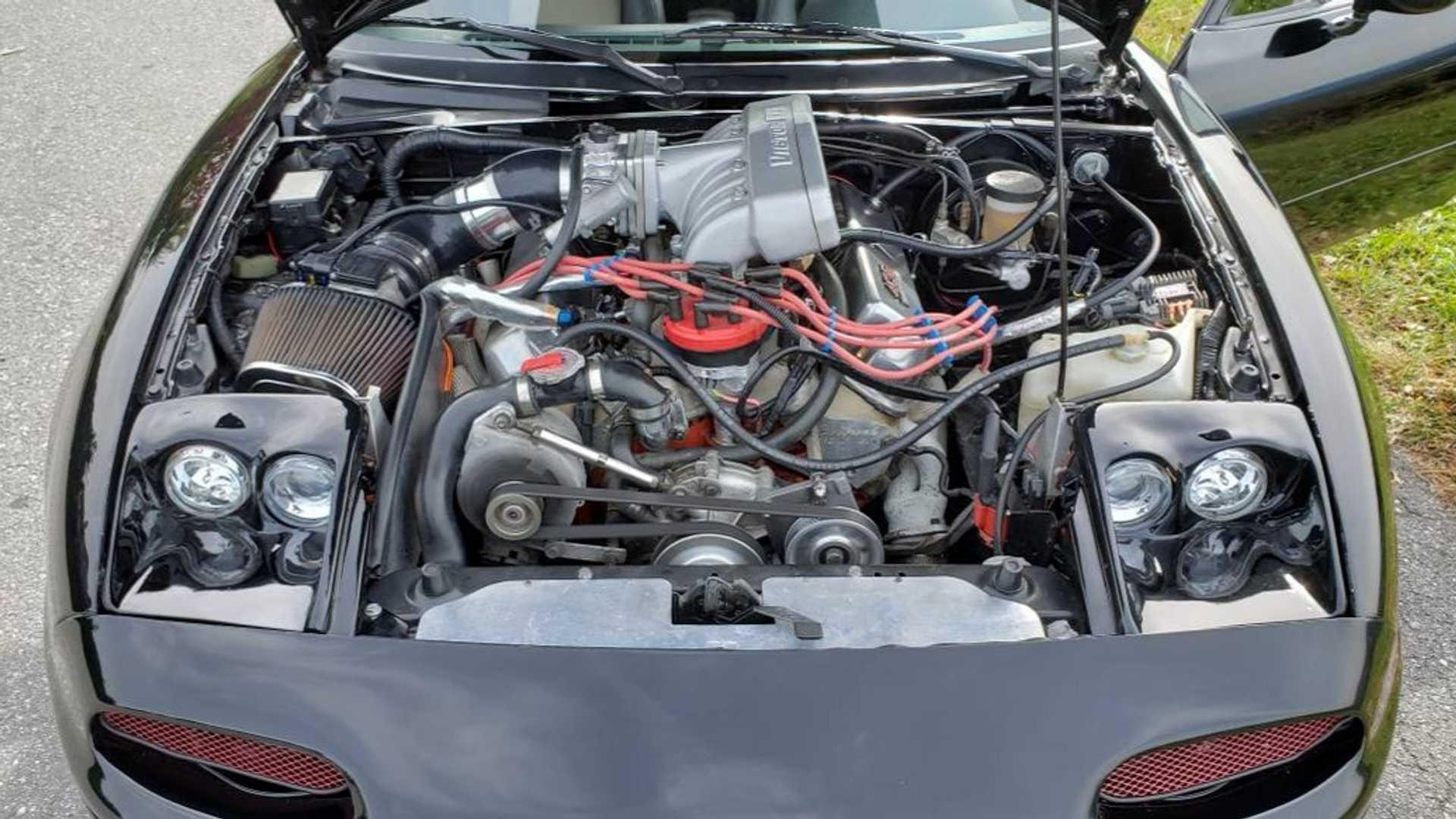 V8-swapped Mazda Miata Packs Ford 408 Stroker Engine