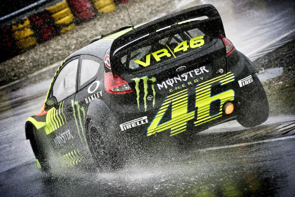 Valentino Rossi At The Monza Rally Show Again Toni