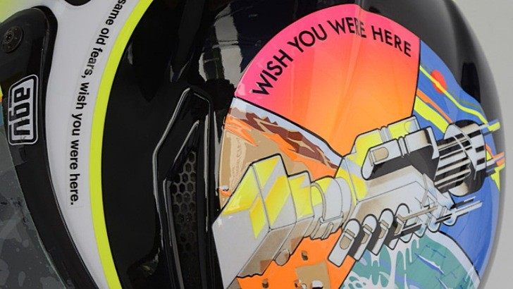 Valentino Rossi's Wish You Were Here Simoncelli Tribute Helmet [Photo Gallery]