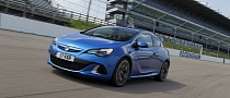 Vauxhall Astra VXR to Be Launched at Rockingham with Track Day Event