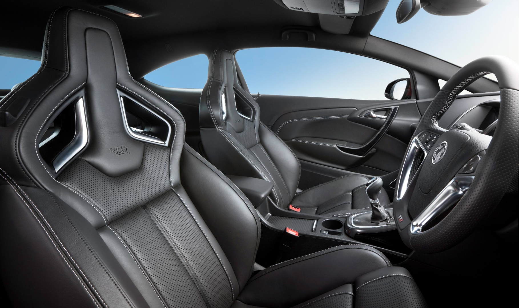 Vauxhall astra vxr opel astra opc seats explained for Interieur astra h opc