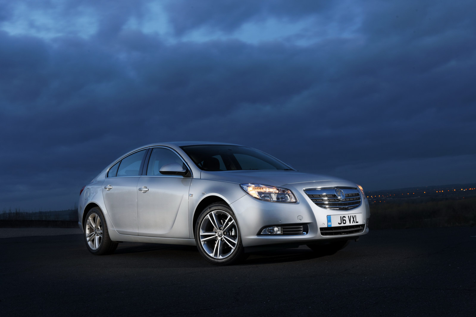 vauxhall insignia biturbo introduces 195 hp diesel engine autoevolution. Black Bedroom Furniture Sets. Home Design Ideas